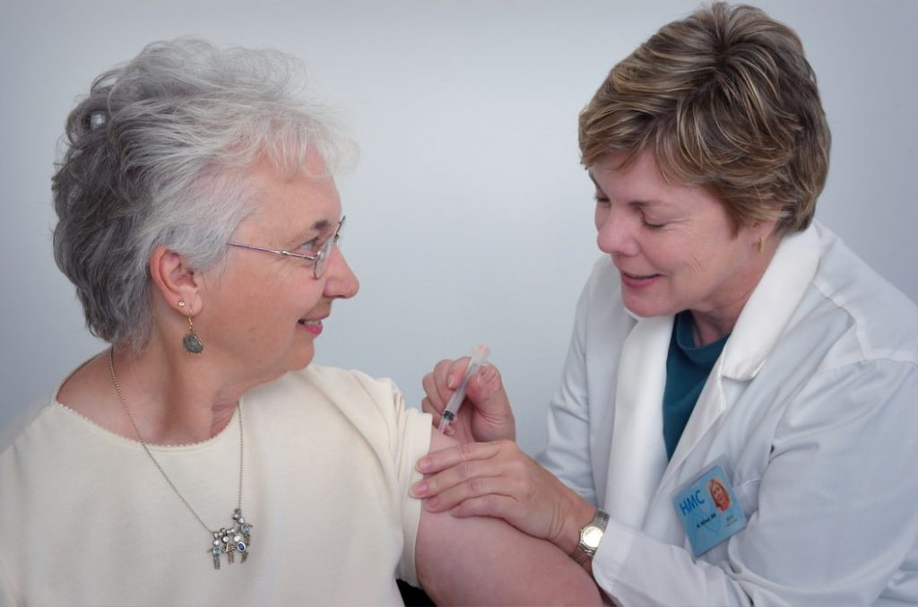 take Vaccines to travel safely during the coronavirus outbreak